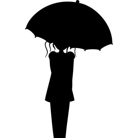 femme avec parapluie