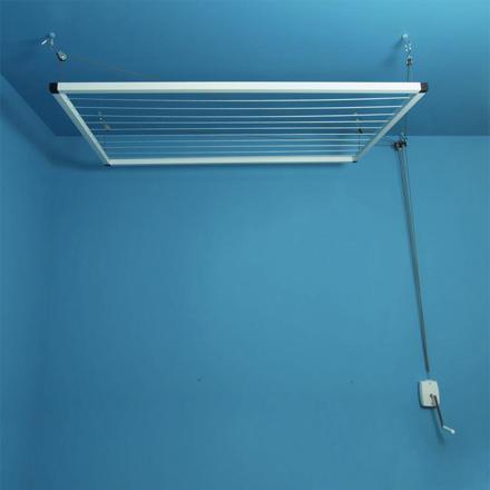 séchoir à linge suspendu au plafond