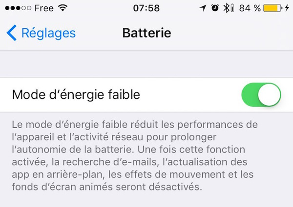 batterie iphone jaune