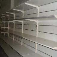 etagere murale avec rail