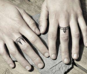 tatouage bague homme
